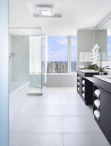Bi Level Penthouse Suite Bathroom
