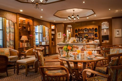 Every morning guests are welcome to enjoy a delicious, continental breakfast buffet in Rick's Cafe!